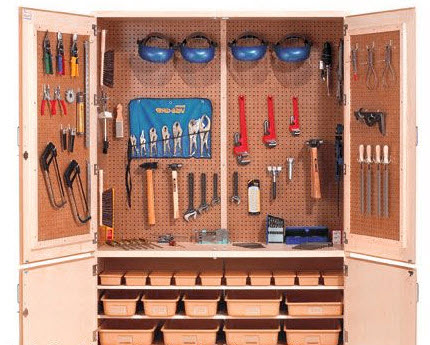 Woodcraft tools cabinet