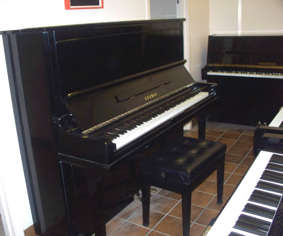 Used digital pianos for sale ireland banks